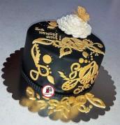 tort aniversar negru cu auriu